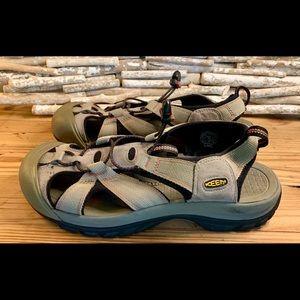 Keen Men's Sandals Size 10